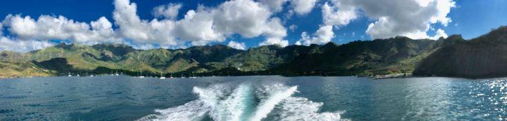 La baie de Taiohae vue de la mer - Nuku Hiva - Iles Marquises - Polynésie