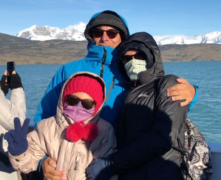 "Photo de famille incognito- Sur le Lago Argentino - Parc National ""Los Glaciares"" - Argentine"