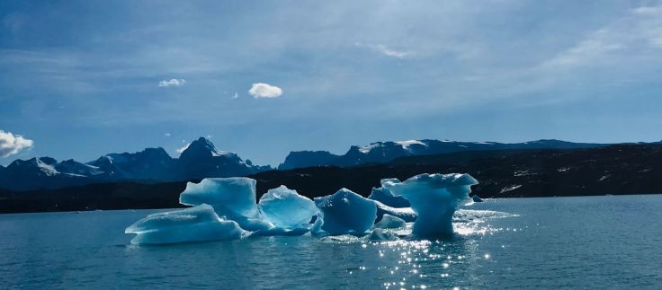 """Iceberg - Lago Argentino- Parc National """"Los Glaciares"""" - Argentine"""