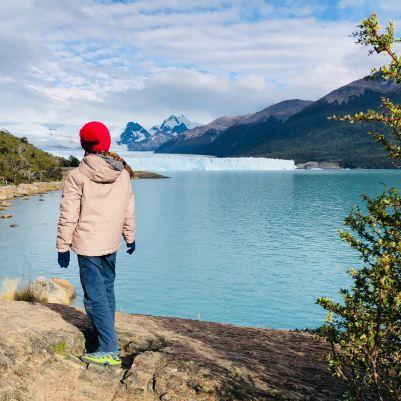 """Eden face à la beauté du Perito Moreno - Parc National """"Los Glaciares"""" - Argentine"""