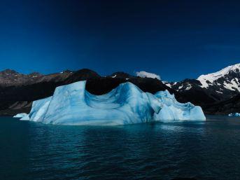 """Iceberg - Lago Argentino - Parc National """"Los Glaciares"""" - Argentine"""