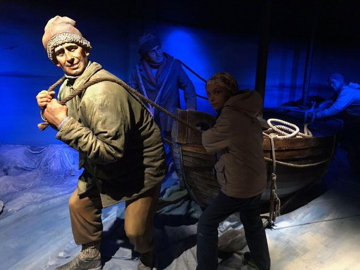 L'équipage d'Ernest Shakleton (et une fillette) - Museo de Historia Fueguina - Ushuaïa - Terre de Feu - Argentine