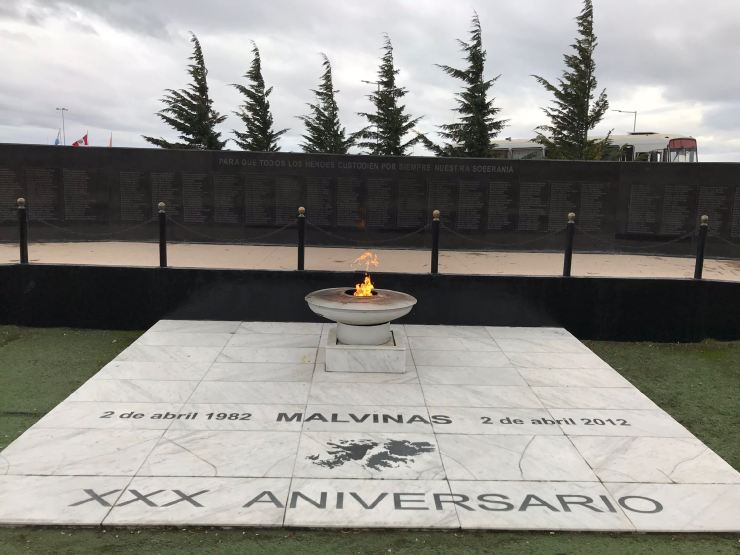 Flamme éternelle pour les Malouines - Ushuaïa - Terre de Feu - Argentine