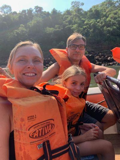 C'est parti pour la découverte des chutes en bateau - Iguazu - Brésil