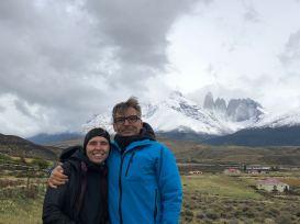 Devant las Torres del Paine - Patagonie - Chili