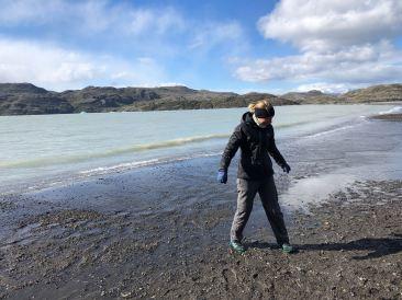 Ca passe plus...la glace a fondu et l'eau monté... - Lago Grey - Torres del Paine - Patagonie - Chili