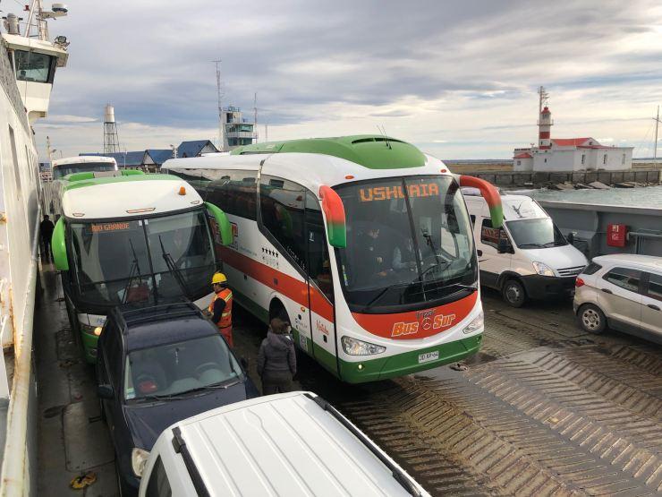 """Notre bus, direction """"USHUAÏA"""" !!"""