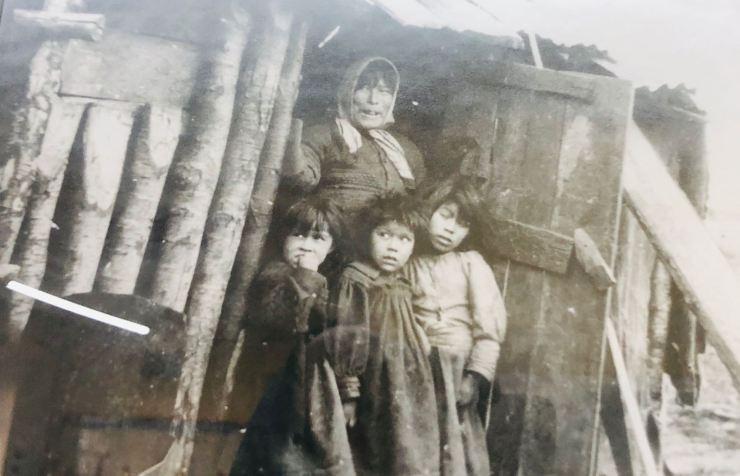 Les Yamanas, rhabillés par les Européens - Ushuaïa - Terre de Feu - Argentine