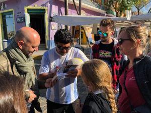 He Diego, tu nous signes un autographe ? - Quartier de la Boca - Buenos Aires - Argentine