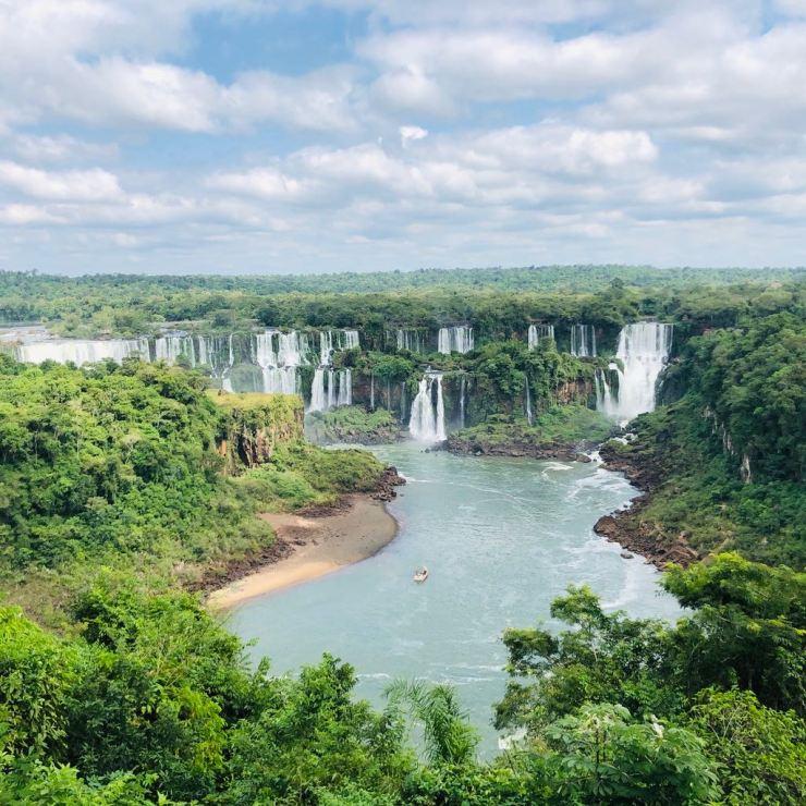 Vue d'ensemble sur les chutes d'Iguazu - Magique - Brésil