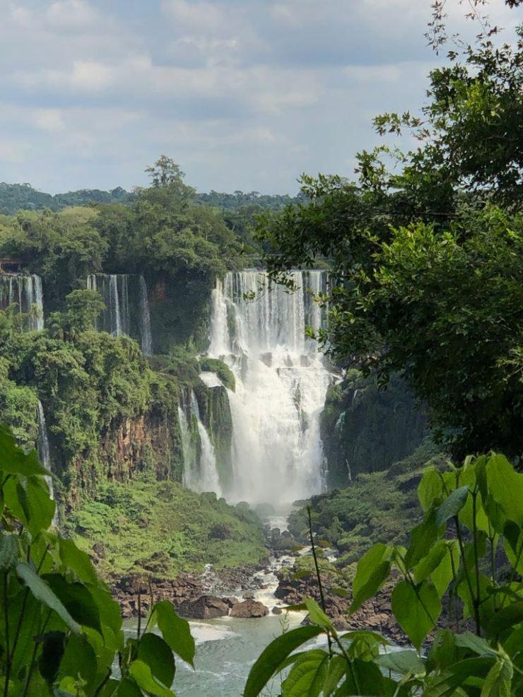 Vue sur le Salto Bossetti depuis le Brésil - Iguazu