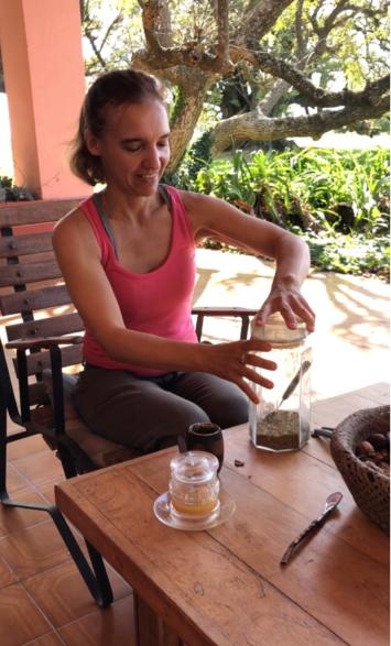 Comment préparer le maté par Milena - Pampa - Argentine