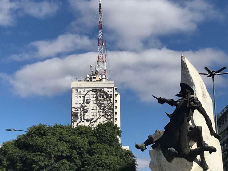 Conquistador y Evita Perron - Avenida 9 de Julio - Buenos Aires - Argentine