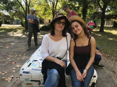 Eline et Carole à Santa Coloma - Pampa - Argentine