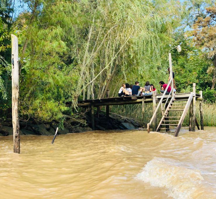 Entre potes au bord de l'eau - Tigre - Argentine