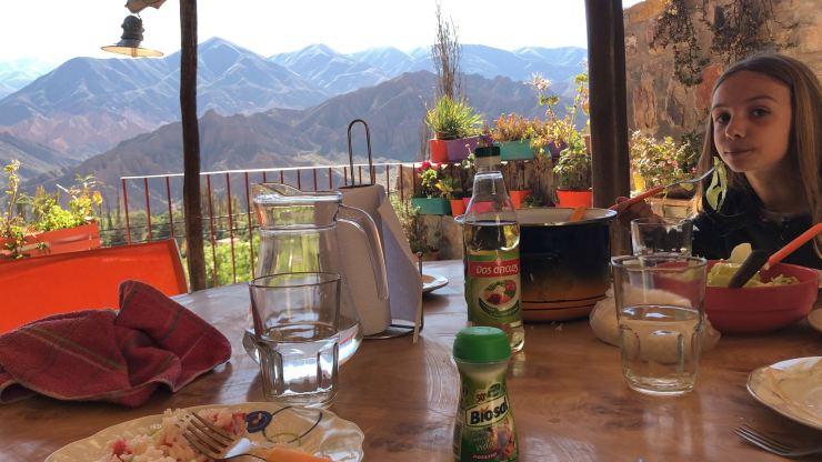 Déjeuner avec vue, sur notre terrasse - Tilcara - Nordeste - Argentine