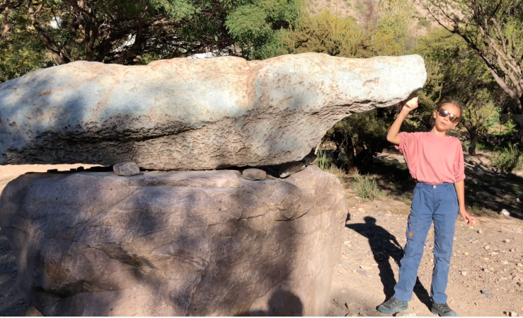 La roche-cloche - Jardin botanique de la Pucara de Tilcara - Nordeste - Argentine