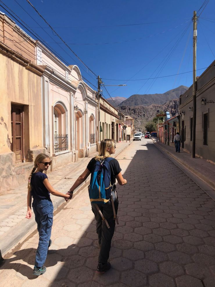 En route pour le marché - Tilcara - Nordeste - Argentine