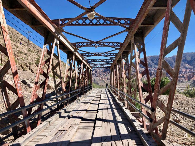 Le pont qui mène à la Pucara de Tilcara - Nordeste - Argentine