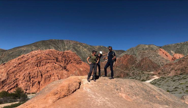 Derrière nous, el Cerro de los 7 colores - Paseo de los colorados - Nordeste - Argentine