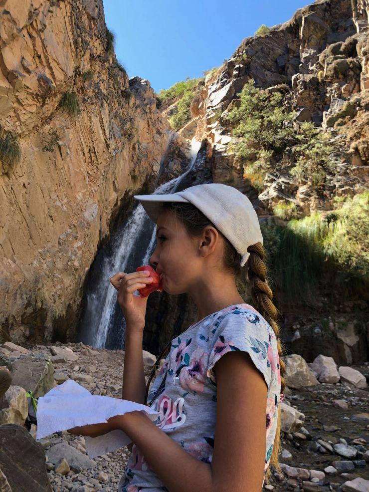 Joli cadre pour pique-niquer Face à la cascade de la Garganta del Diablo - Tilcara- Nordeste - Argentine
