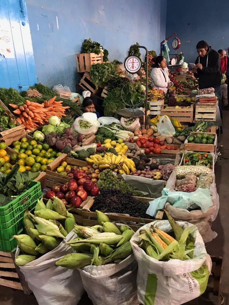 Beaux fruits et légumes - Au marché de Tilcara - Nordeste - Argentine