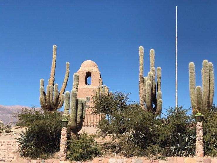 Autour du Monumento a la independencia - Humahuaca - Nordeste - Argentine