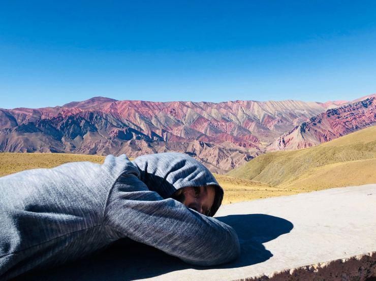 Après avoir grimpé la côte - El Hornocal, 4350 mètres d'altitude et 14 couleus - Nordeste - Argentine