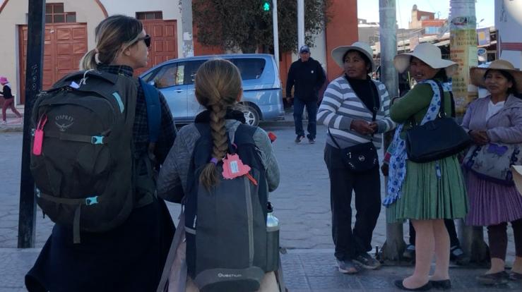 Premiers pas en Bolivie. Qui observe l'autre ? - Uyuni - Bolivie