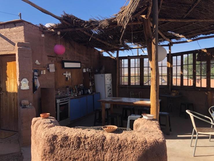 Cuisine en plein air minimaliste - San Pedro de Atacama - Chili