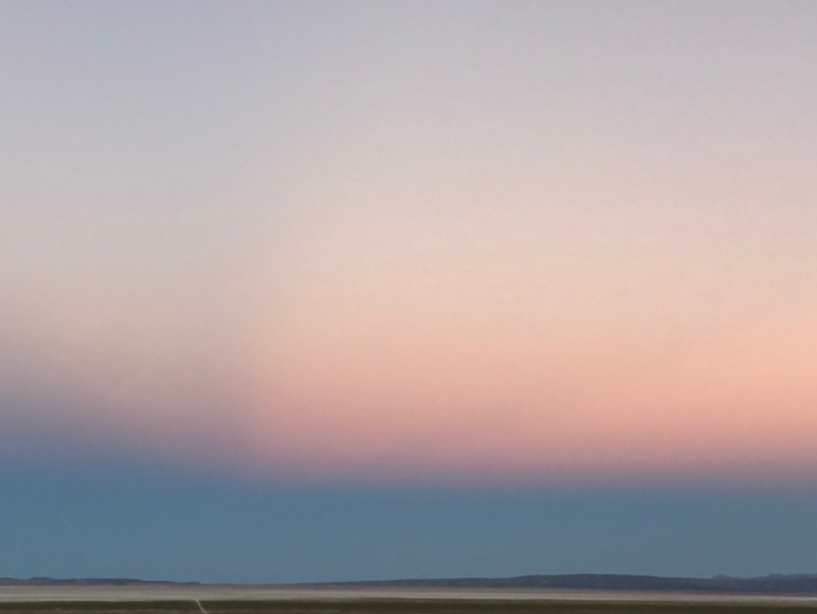 Couleurs du ciel aux portes du salar. d'Uyuni - Bolivie