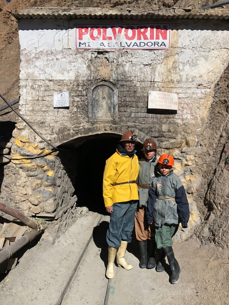Devant la mine - Potosi - Bolivie