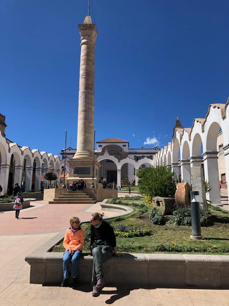 Sur la Plaza 6 de Agosto - Potosi - Bolivie