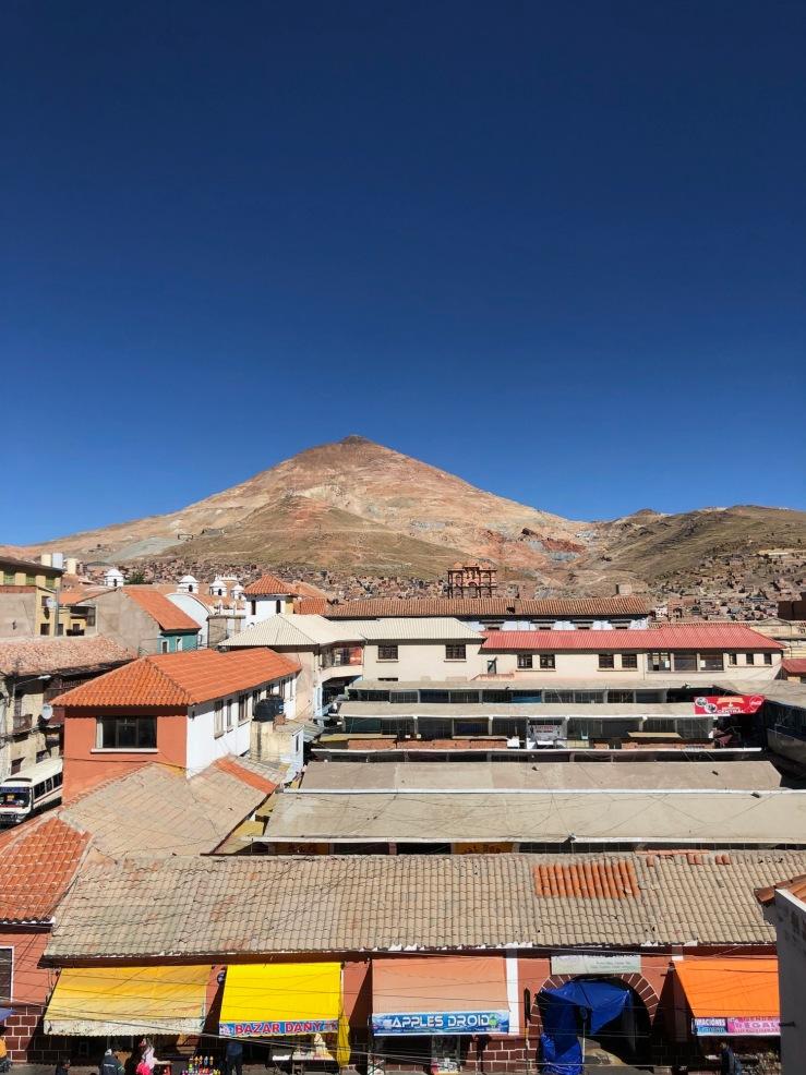 Vue sur la ville et le Cerro depuis San Lorenzo - Potosi - Bolivie