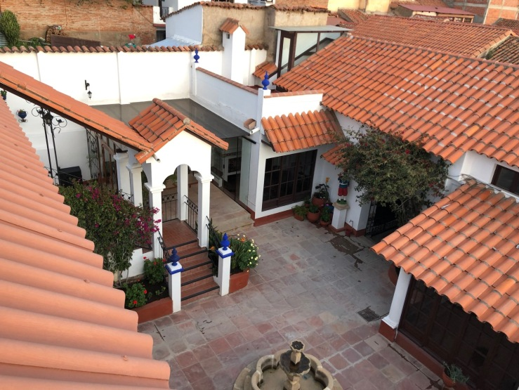"""Cour intérieure - """"El Jardin de su Merced"""" - Sucre - Bolivie"""