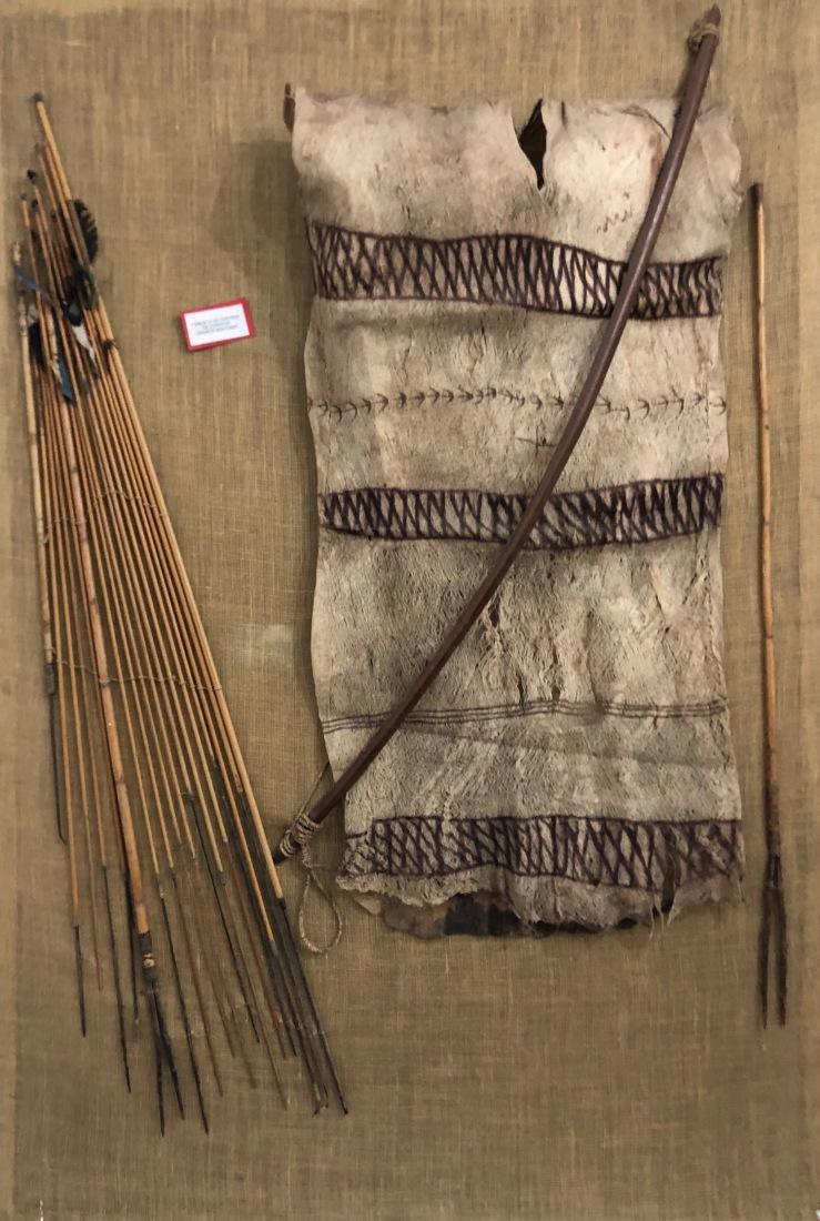 Vêtements et flèches - Musée archéologique - Sucre - Bolivie