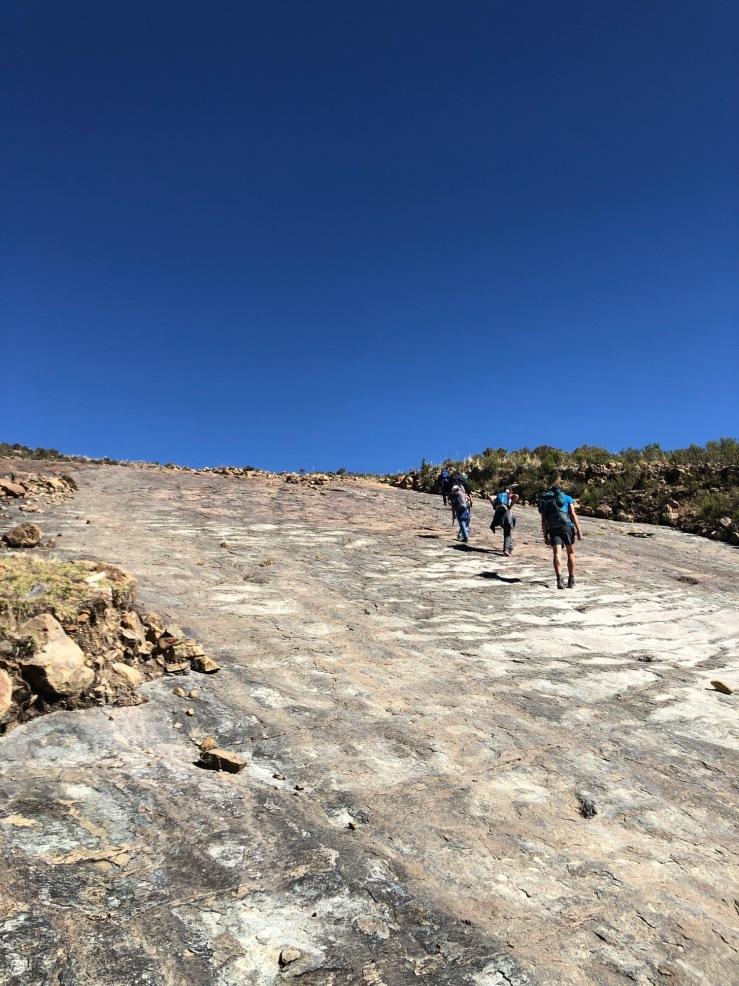 Remontée de la paroi aux dinos - Région de Sucre - Bolivie