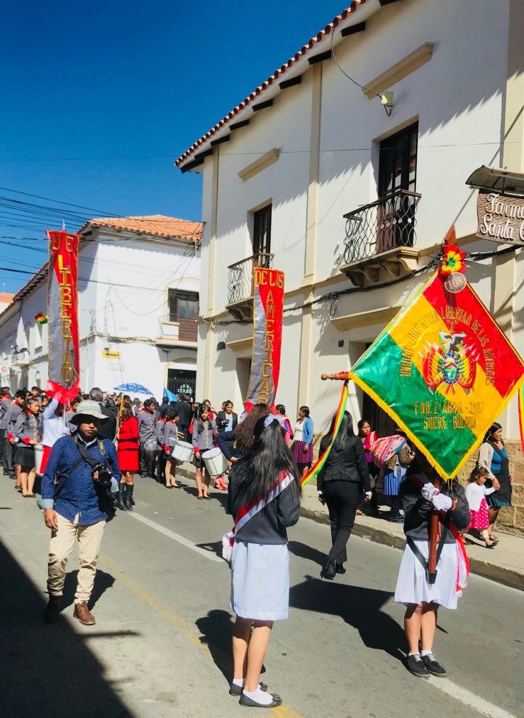 Défilé du 25 de Mayo - Sucre - Bolivie